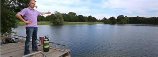 Bei Nimwegen steht ein Haus im See