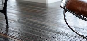 Ein Fußboden aus Gürteln