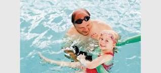 Alarmierende Nichtschwimmer-Zahlen! Aber es geht auch anders ... HIER wird Klara (5) zum Seepferdchen