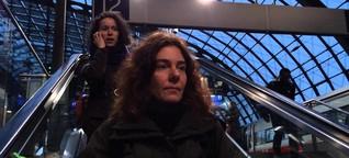 Polyamorie: Atman und seine beiden Freundinnen