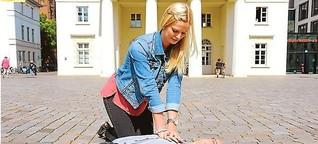 Beherzt mit Druckmassage Leben retten