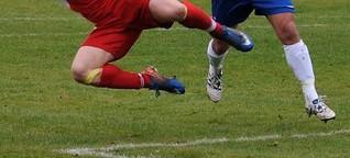Hobby-Fußballer verklagt Gegenspieler nach Foul