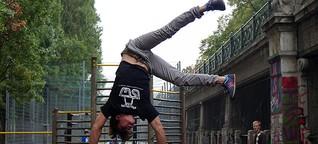 Street Workout: Statt Hanteln den eigenen Körper stemmen