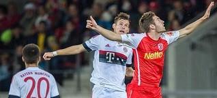 Fußball hautnah: SSV Jahn - FC Bayern München II