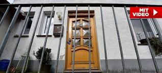 Täterin kehrt ins Horror-Haus zurück | Bizarrer Auftritt der Angelika B.
