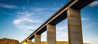 Der an der Brücke lauscht