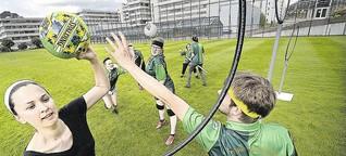 Unsere Volontärin trainiert mit dem Quidditch-Team der Uni Bielefeld