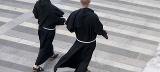 Homosexueller Mönch: Ein Mann, der in der Nische lebt