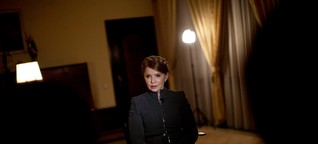 Tempered Cheers in Ukraine for Ex-Premier, Tied to Political Past