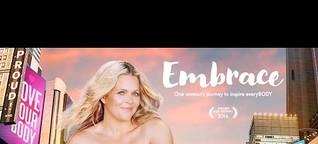 """Podcast zum Doku-Film """"Embrace"""" mit Nora Tschirner und Taryn Brumfitt"""