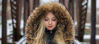 Warum auch günstige Mäntel mit echtem Pelz verziert sein können
