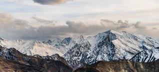 Das Spiti-Tal im Himalaya - Touristen treffen auf Buddhisten