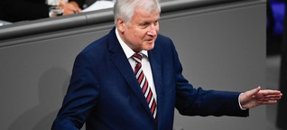 """Seehofer bekräftigt im Bundestag: """"Maaßen bleibt im Amt"""""""