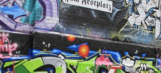 Fußnoten: Graffiti in München by M94.5