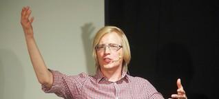 Christofer mit F überzeugt im Kleinen Theater Herne