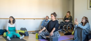 Konferenz zu Accessible Yoga: Entspannt euch, es ist nur Yoga!