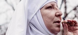 Zu Besuch im Kloster der kiffenden Nonnen