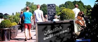 Biergärten an der Alster: Ausschank auf der Außenterrasse
