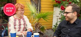 Osama, 30, und Frau Wellmann, 90, leben in einer WG