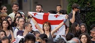 Todesdrohungen und Proteste verhindern in Tiflis Regenbogenparade