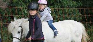 Aktion Ferienspass im Tierpark Gettorf: Großer Spaß auf dem Ponyrücken