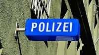 Twitternde Polizei: Dein Freund und Follower in der Kritik