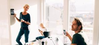 Digitale Medien im Familienalltag: Weniger Handy, mehr Kind!
