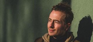 Konzert in Köln: Jim Kroft hilft Flüchtlingen - seine Erfahrungen werden zu Songs
