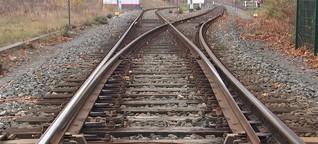 Marode Gleise, alte Technik: Vertuscht die Bahn Sicherheitsrisiken?