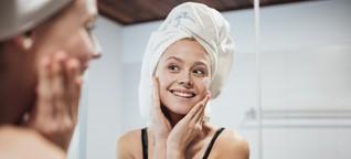Das sind die Basics der Skincare: Cleanser, Toner, Actives und SPF für eine straffe Haut