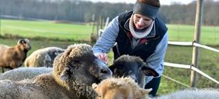 """Weniger Paten für Gnadentiere: Myriam Dahlmann von """"Charly's Ranch"""" über den Tierschutz in Corona-Zeiten"""