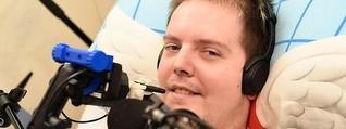 Zocken mit dem Mund: Wie ein Gelähmter durch E-Sport zum Superhelden wird