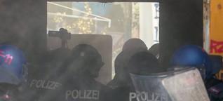 """Auseinandersetzungen in der Rigaer Straße: """"Der Angriff startet, verpisst euch"""""""