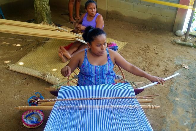 Klauen Modemarken bei Indigenen?